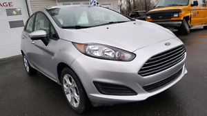 Ford Fiesta 2016 12000 kilo automatique