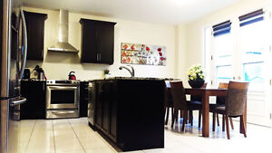 Furnished Accommodation Short-Term Homes North of Toronto (407)