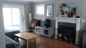 Rupert St - 3 bed 2.5 bath - $1550