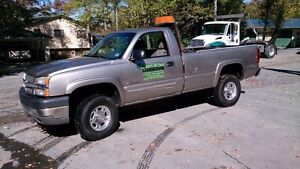 2003 - Chevy 2500 - 3/4 Tonne Truck - Plow included