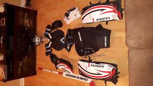 Hockey equipement