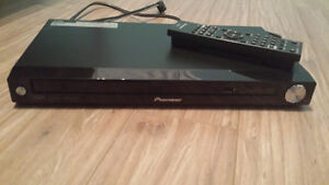 pioneer dvd player barely used.