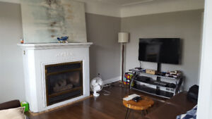 3 BED 1 BATH CENTRAL HAMILTON HOUSE FOR RENT AVAIL SEPT 1ST
