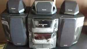 Panasonic stereo For 50 CD in One