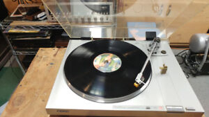 SONY TURNTABLE DIRECT DRIVE ---NICE VINTAGE !!!!
