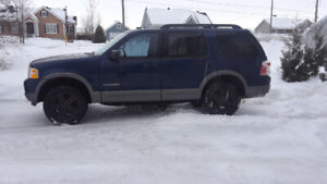Ford explorer xlt 2005 V8 4.6L 7 passagers