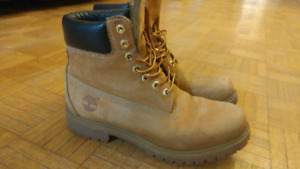 Timberland boots mens size 9