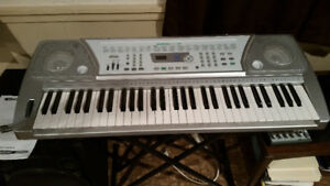 Suzuki SP 37 Electric Keyboard
