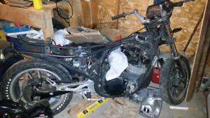 1983 Suzuki GS550E need room in my garage