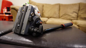 Manfrotto MVH502A 502 Video Head with flat base (Unused)