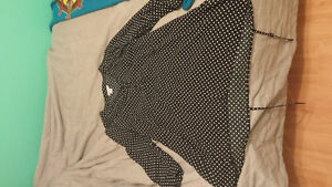 lot of maternity clothes Cornwall Ontario image 5