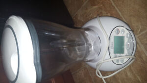 Good condition Oster In2itive Food Processor