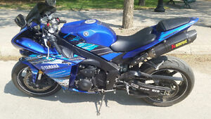 2012 Yamaha R1 with upgrades * mature owner *
