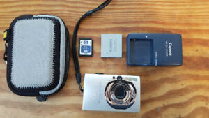 Canon Digital Elph SD1100 pocket size electronic camera for sale