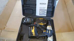 14.4 v RONA rechargeable hammer drill set
