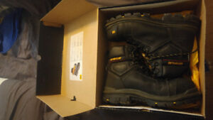 Mint condition Cat workboots