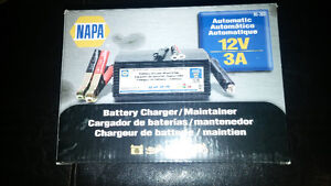Napa Model 85-303 Automatic Battery Trickle Charger