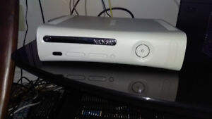 XBOX360 system with games and extras