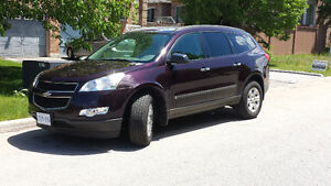 2010 Chevrolet Traverse 1LS SUV, Crossover