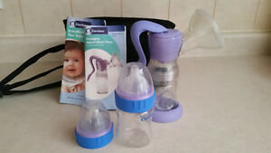 Gerber Manual Breast Pump $5