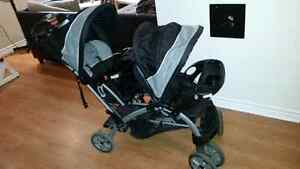 Poussette double baby trend sit n stand