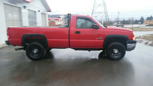2005 Chevrolet 3500 4x4 Duramax Diesel with fisher v-blade