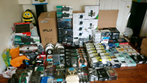 STORE CLOSING LIQUIDATION (Accessory,SPEAKER,PHONES) 50-70% OFF
