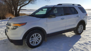 2013 Ford Explorer XLT AWD - Leather