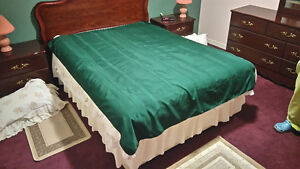 Green Table Cloth – Used – Excellent Condition
