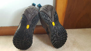 Merrell Siren Sport Gore-tex (J21436) Hiking Boot/Shoe Windsor Region Ontario image 2