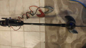 12 v 55 Lbs electric trolling motor excellent condition.