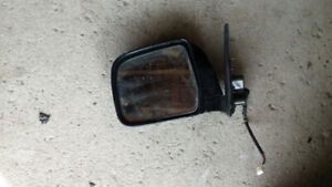 1996-2002 toyota 4runner mirror& ft passenger door