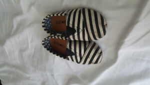 Souliers fille taille 12