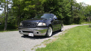 2003 Ford F-150 7700 edition Pickup Truck