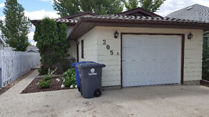 HOUSE OR PART HOUSE FOR RENT IN KINDERSLEY