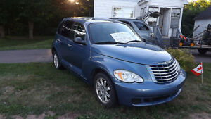 2007 Chrysler PT Cruiser Hatchback Low kms REDUCED !