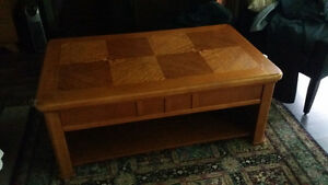 Oak mission style coffee table and matching sofa table Edmonton Edmonton Area image 1