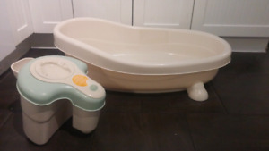 Bath tub with spa