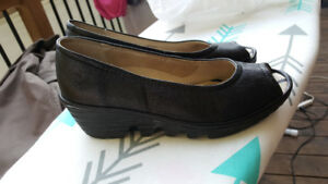 Chaussures FLY London taille 35