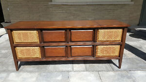 1960s Electrohome S-610 Stereo/Dual Turntable/Deilcraft Cabinet