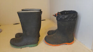 Kids size 1 winter and rubber boots