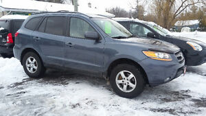 2009 Hyundai Santa Fe GL SUV All-Wheel Drive