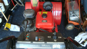1 owner honda hs828 electric start. track snowblower