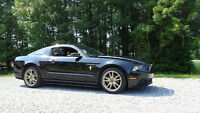 2014 Ford Mustang V6 cuir, options, 19 pouces