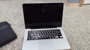 """Broken 2010 Macbook Pro 13"""""""