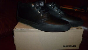 NEW QUIKSILVER LEATHER SHOES