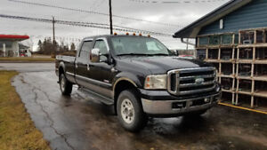 2006 Ford F-350 King Ranch Pickup Truck