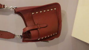 Women leather Puers