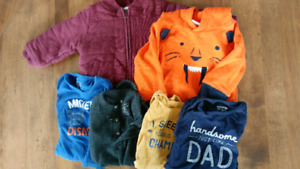 Large lot of 12-18 months boy clothes in great condition