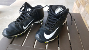 Nike Alpha Boys/Girls Football Cleats
